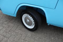 Volkswagen-Transporter-22