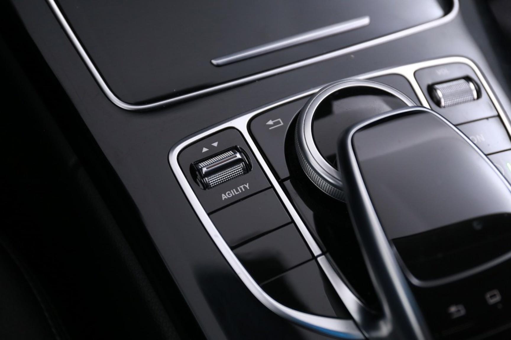 Mercedes-Benz-C-Klasse-32