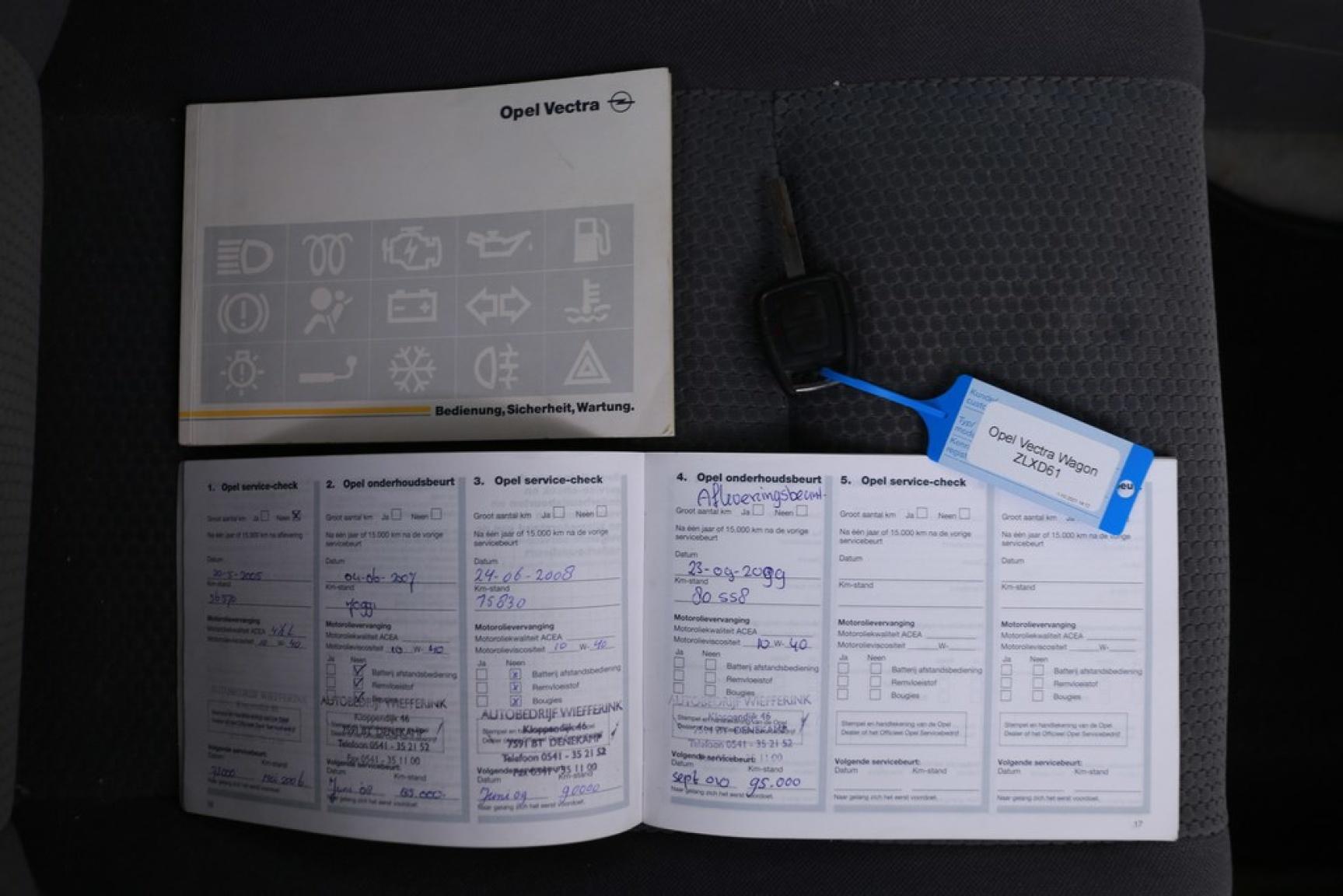 Opel-Vectra-10
