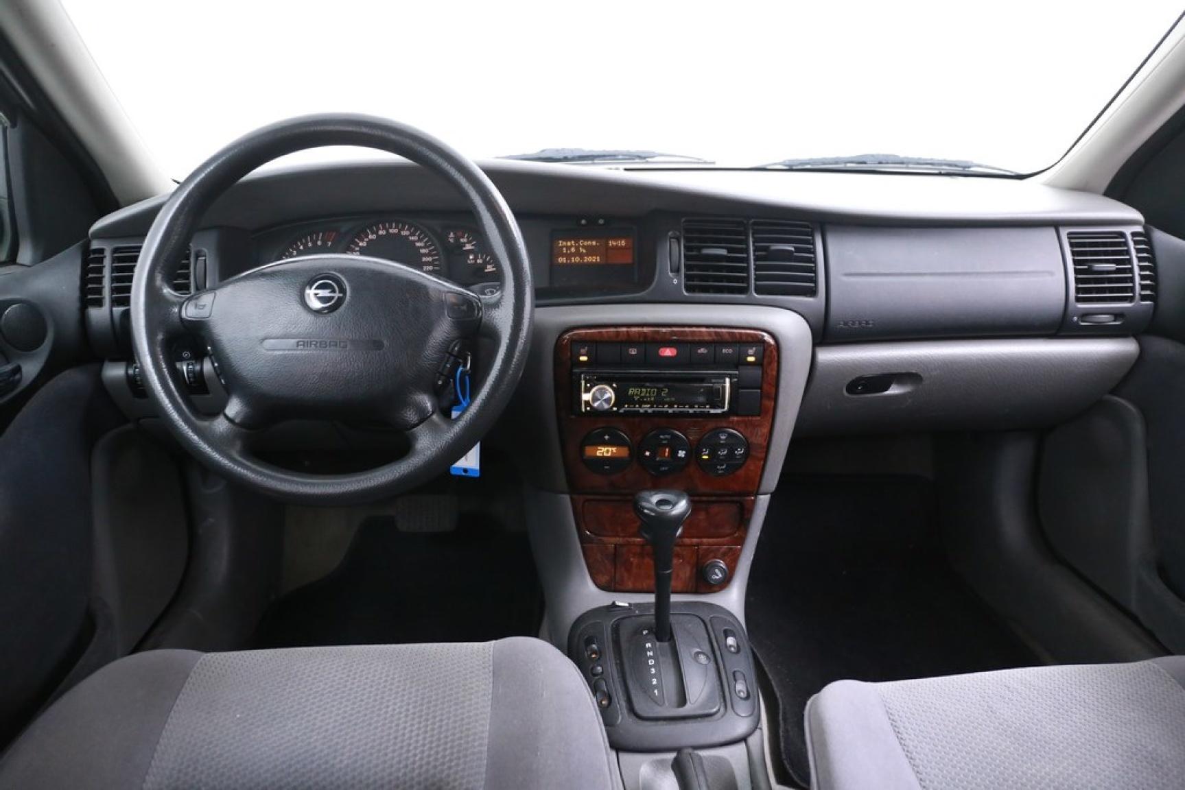 Opel-Vectra-14