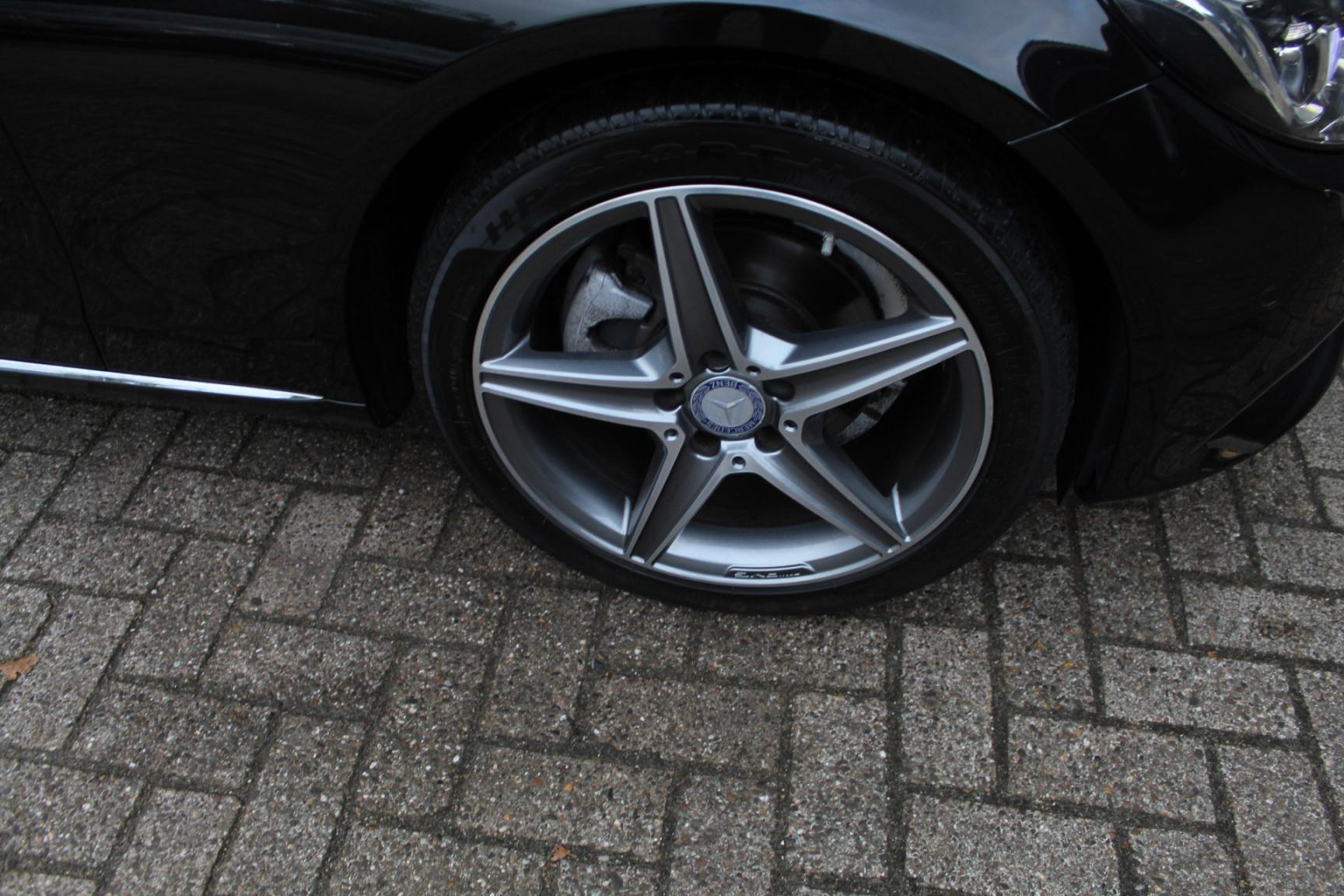 Mercedes-Benz-C-Klasse-48