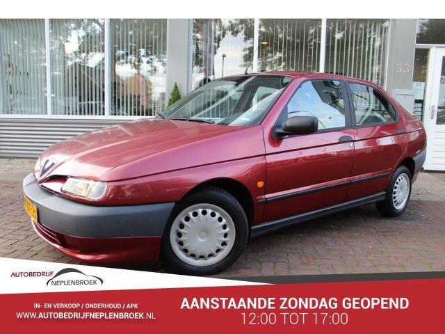 Alfa Romeo-146