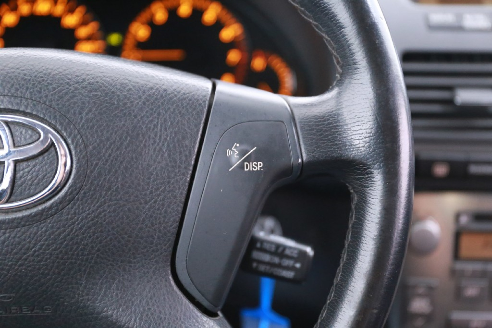 Toyota-Avensis-13