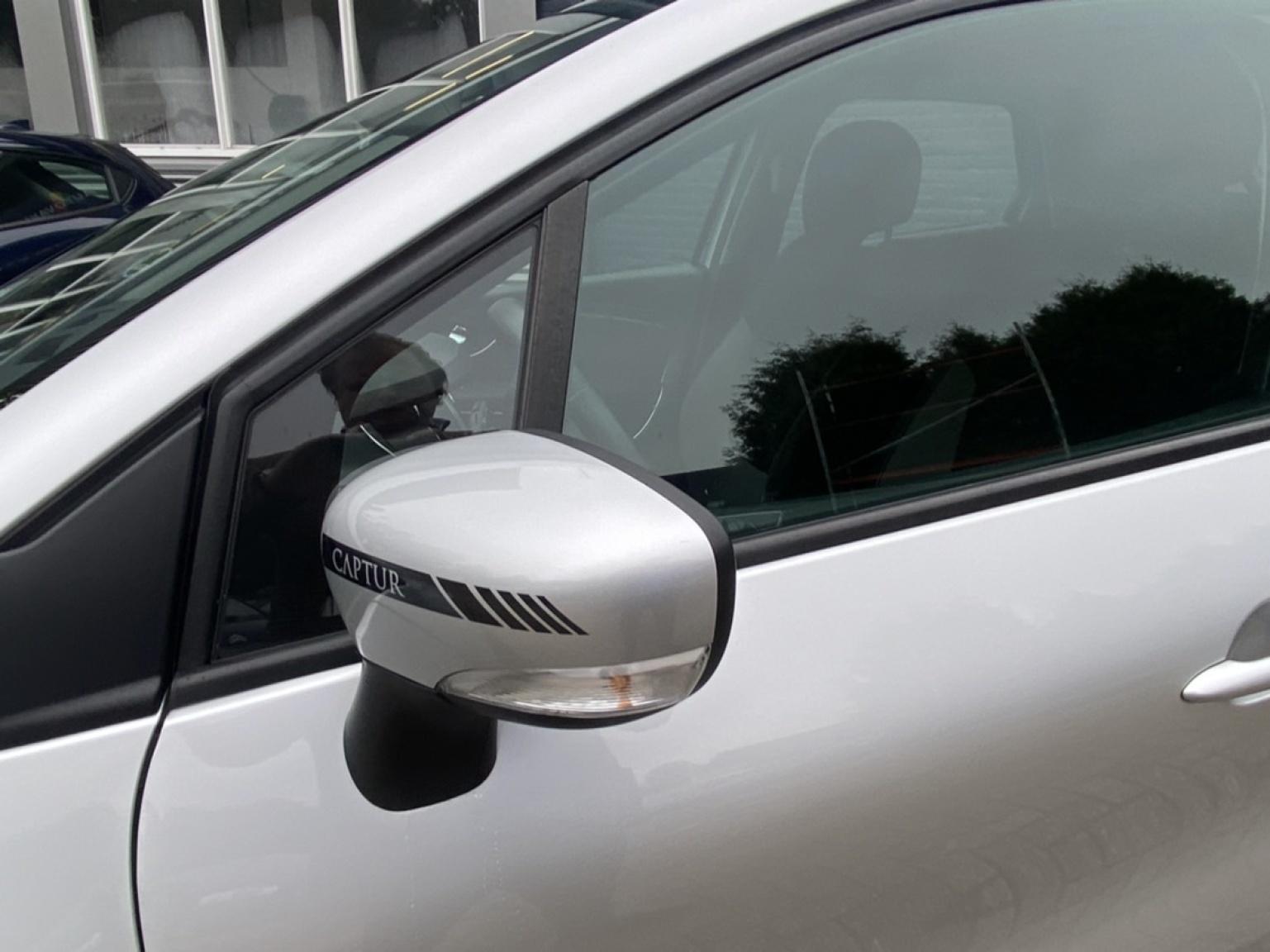Renault-Captur-29