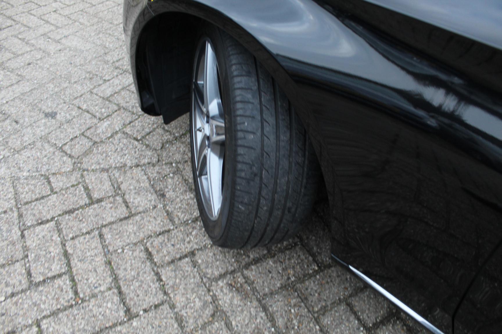 Mercedes-Benz-C-Klasse-54