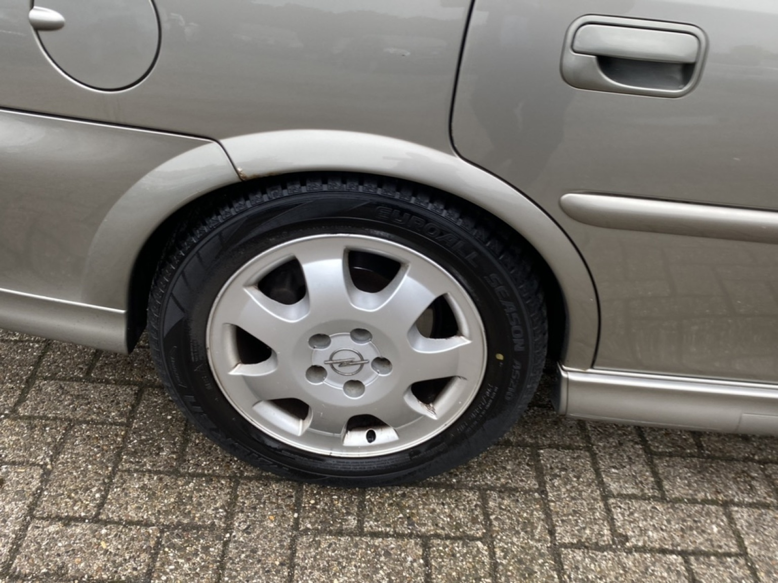 Opel-Vectra-21