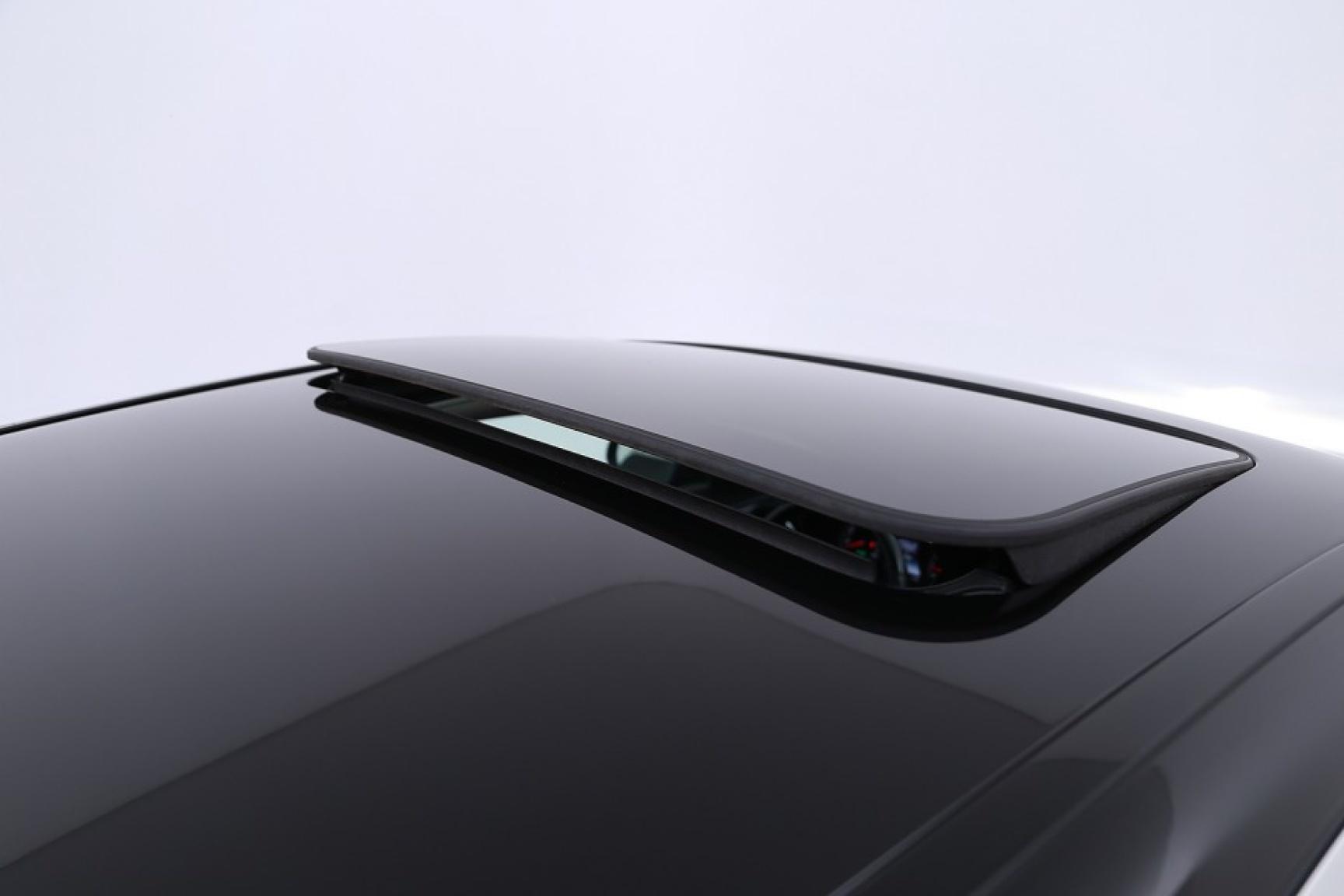 Mercedes-Benz-C-Klasse-46