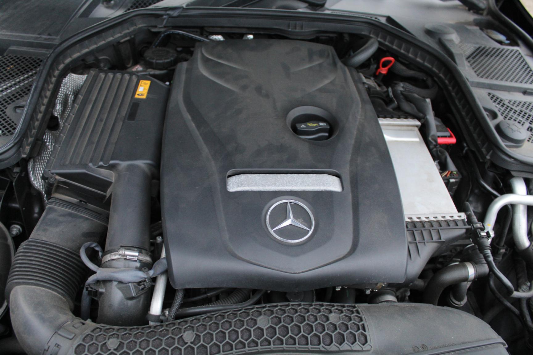 Mercedes-Benz-C-Klasse-41