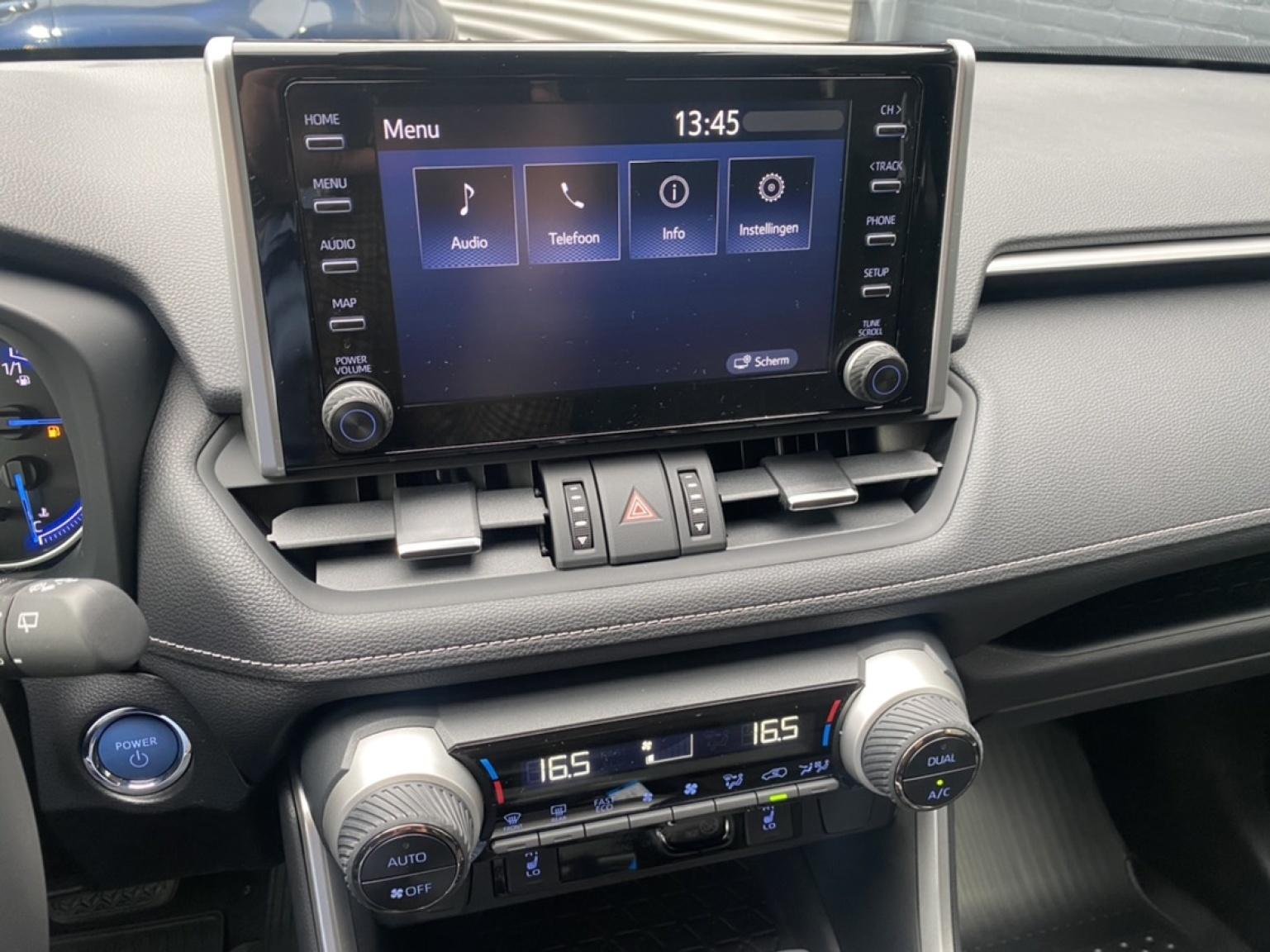 Toyota-RAV4-28
