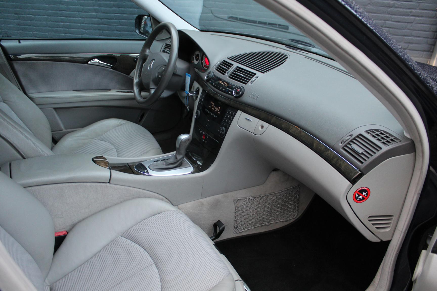 Mercedes-Benz-E-Klasse-36