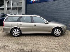 Opel-Vectra-23