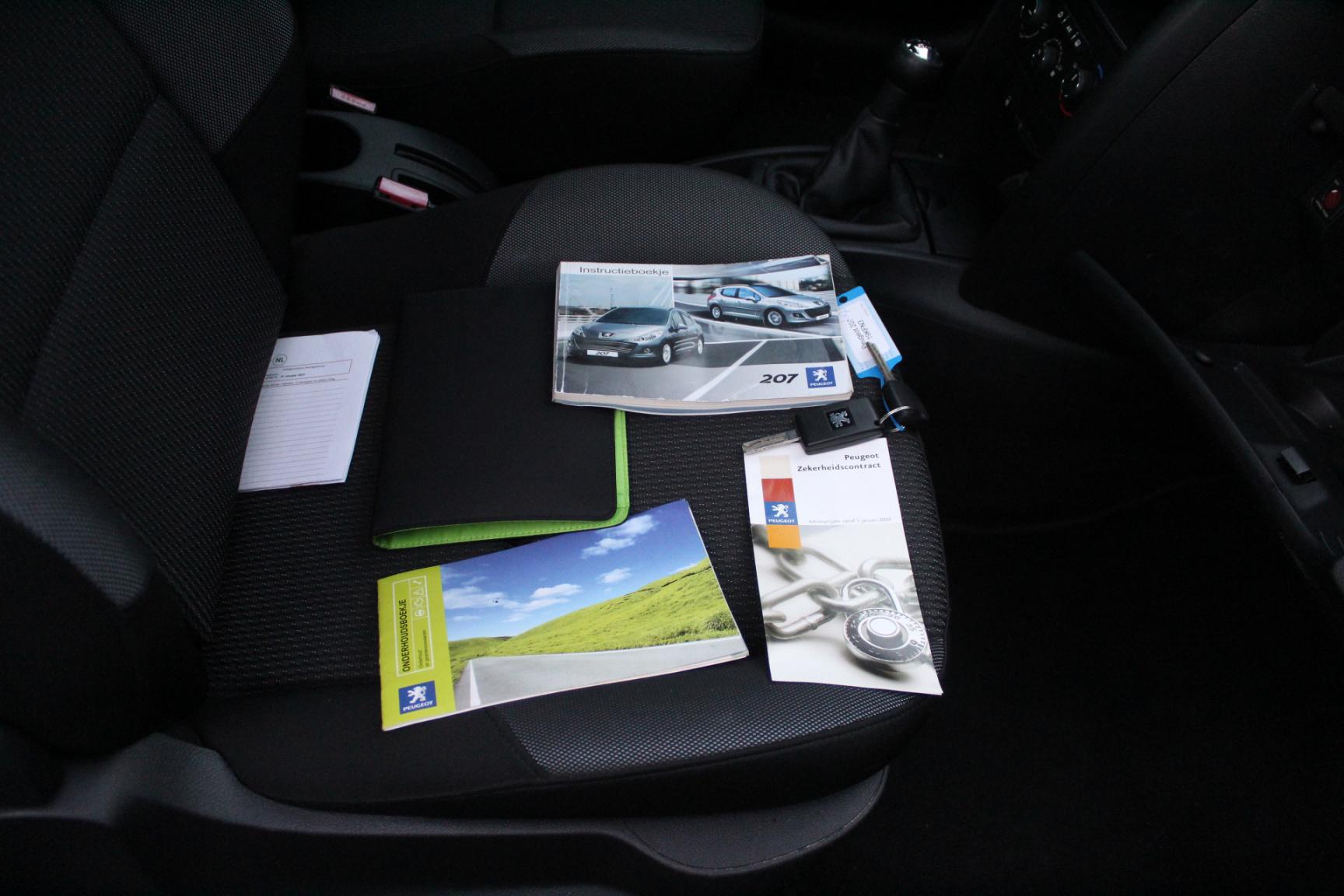 Toyota-Avensis-28