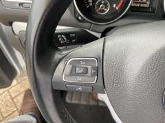 Volkswagen-Golf-10