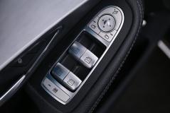 Mercedes-Benz-C-Klasse-33