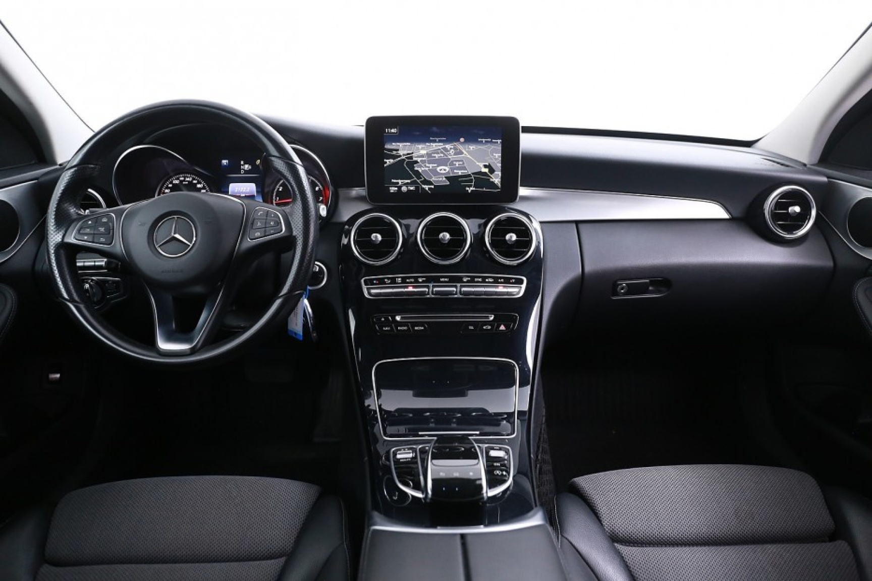 Mercedes-Benz-C-Klasse-6